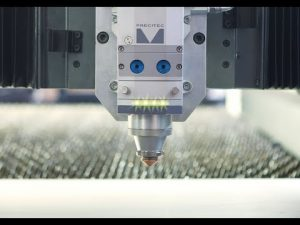 Preu de la màquina de tall per làser ACCURL IPG 4000W per a la venda de màquines làser CNC de 4kw